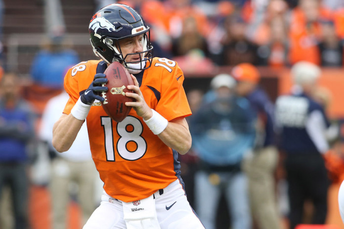 Broncos hardly the first to face a QB quandary in playoffs
