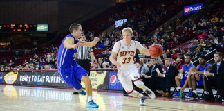 Denver Pioneers advance