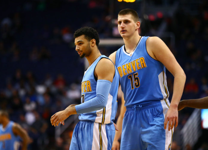 Nikola Jokic leaves Nuggets' win with injury