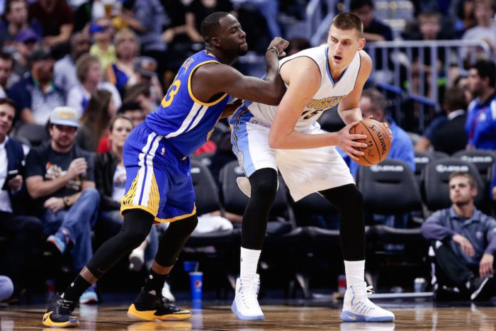 Nuggets stun Warriors with record-tying 3-point barrage