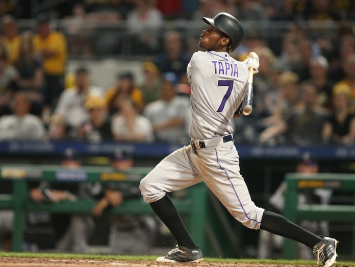 Tapia's RBI single in ninth lifts Rockies past Giants, 10-9