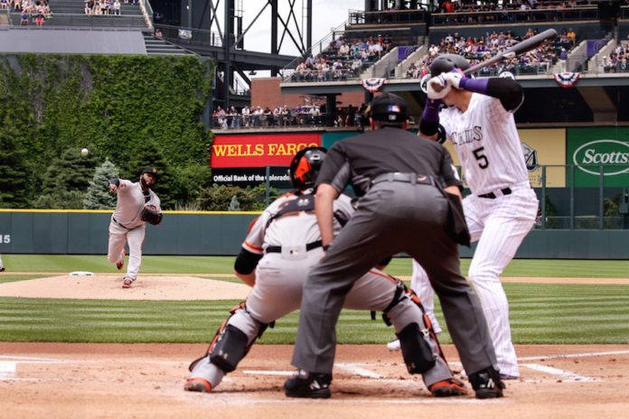 Bat-Flipping Hwang Gave Giants His First Home Run