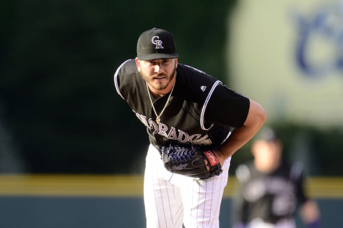 Bettis pitches 7 scoreless in emotional return