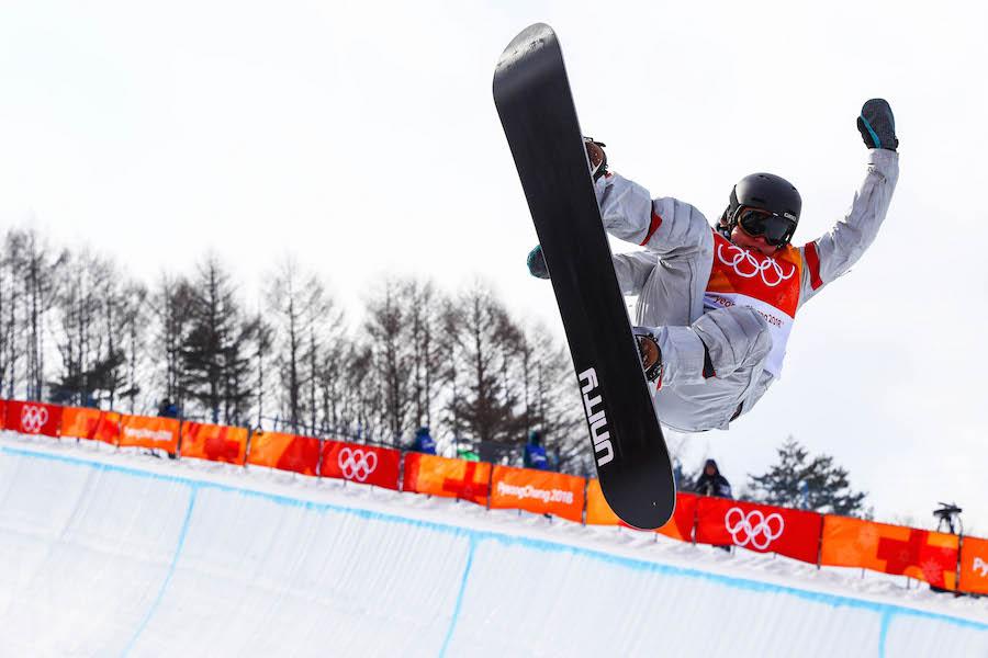 Chloe Kim wins gold in women's snowboard halfpipe