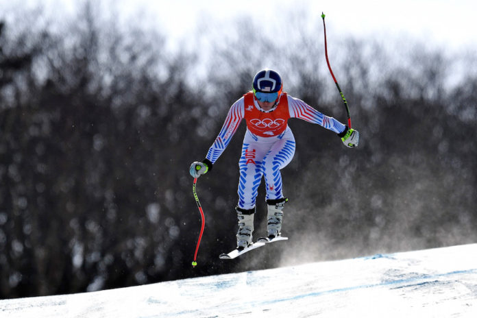 Vonn straddles gate, Shiffrin takes silver in women's Alpine combined