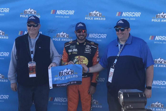 Martin Truex Jr. wins pole for Toyota Owners 400 at Richmond Raceway