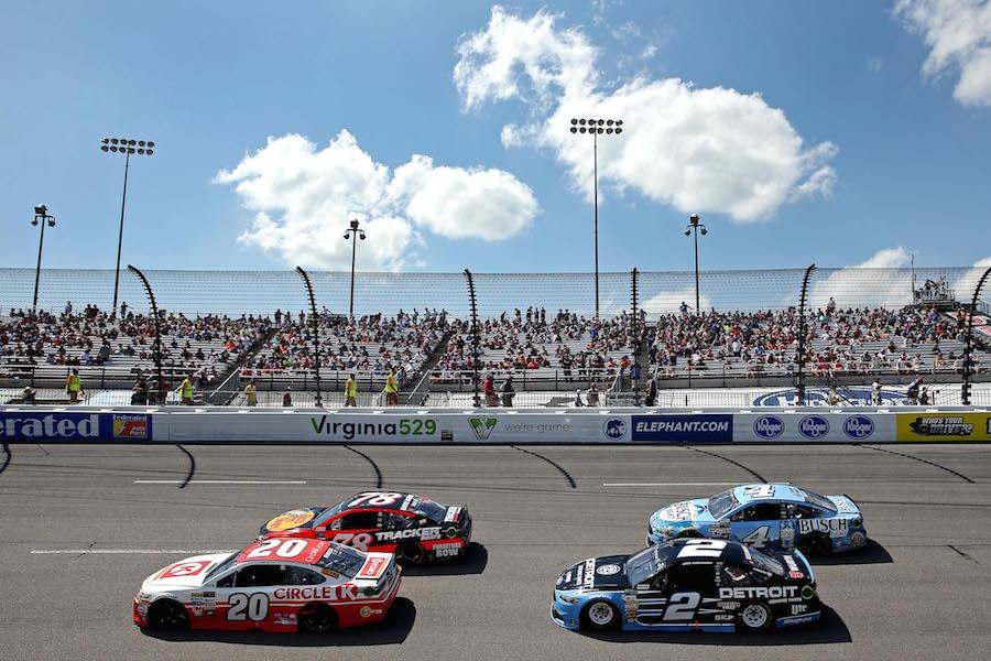 Kyle Larson, Chase Elliott lead practices at Richmond Raceway