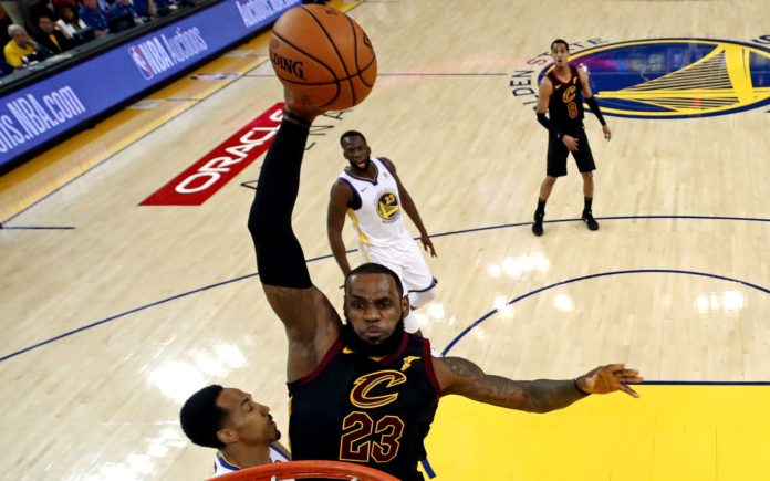 LeBron James dunks during Game 1 of the 2018 NBA Finals. Credit: Ezra Shaw, USA TODAY Sports.