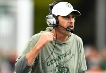 Mike Bobo wearing his Comatose shirt. Credit: Ron Chenoy, USA TODAY Sports.