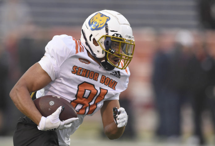 North wide receiver Alex Wesley of Northern Colorado (81) carries the ball during the North squad 2019 Senior Bowl practice at Ladd-Peebles Stadium.