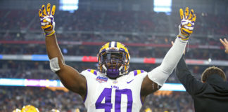 LSU Tigers linebacker Devin White (40) reacts in the fourth quarter against the UCF Knights in the 2019 Fiesta Bowl at State Farm Stadium