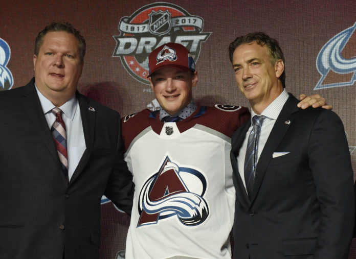 Avalanche sign UMass' Makar for playoff series