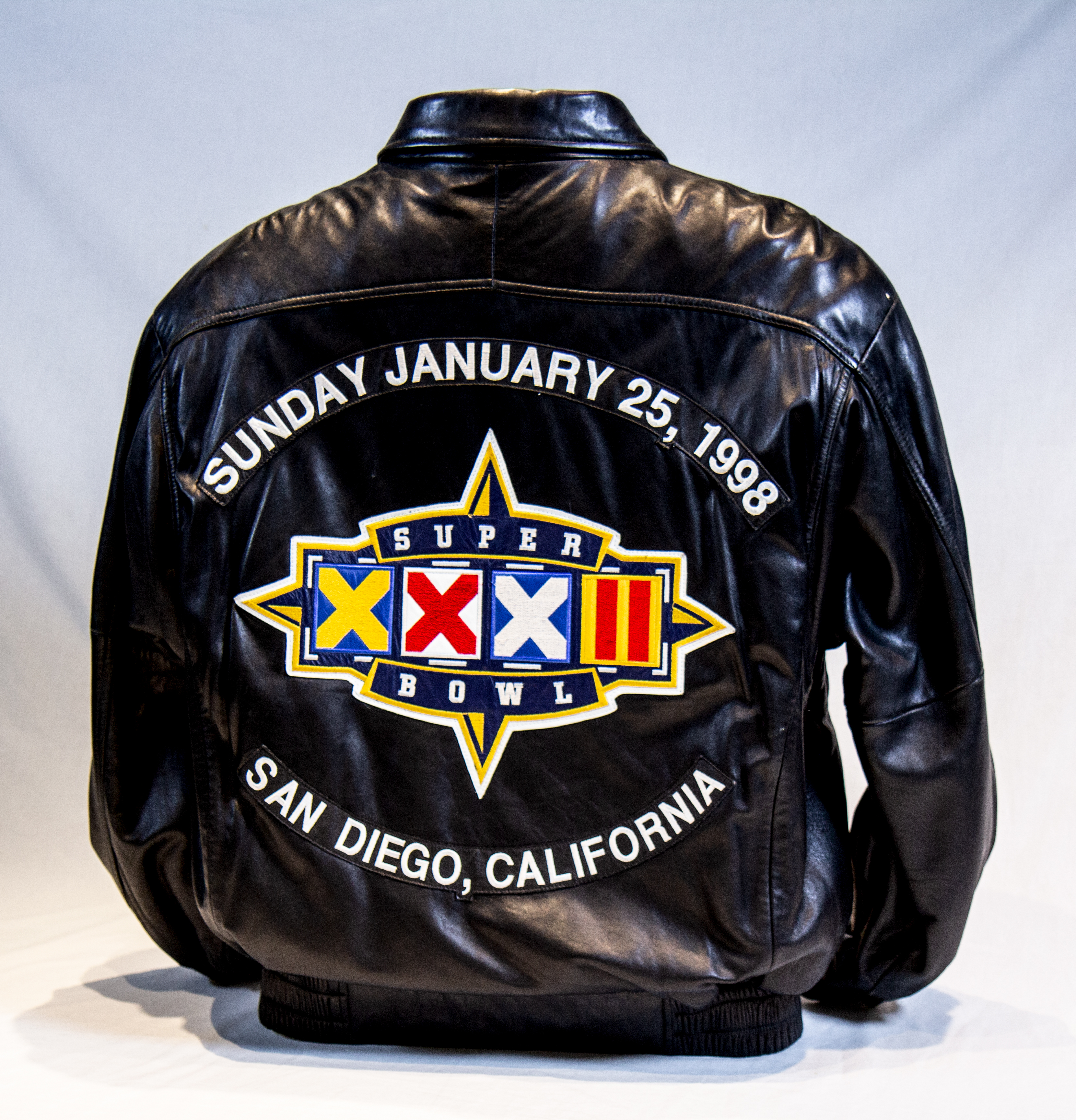 online store 351cb 41f8e Super Bowl XXXII Jacket back | Mile High Sports