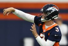 Drew Lock throws in Denver's second practice of the 2019 training camp. Credit: Ron Chenoy, USA TODAY Sports.