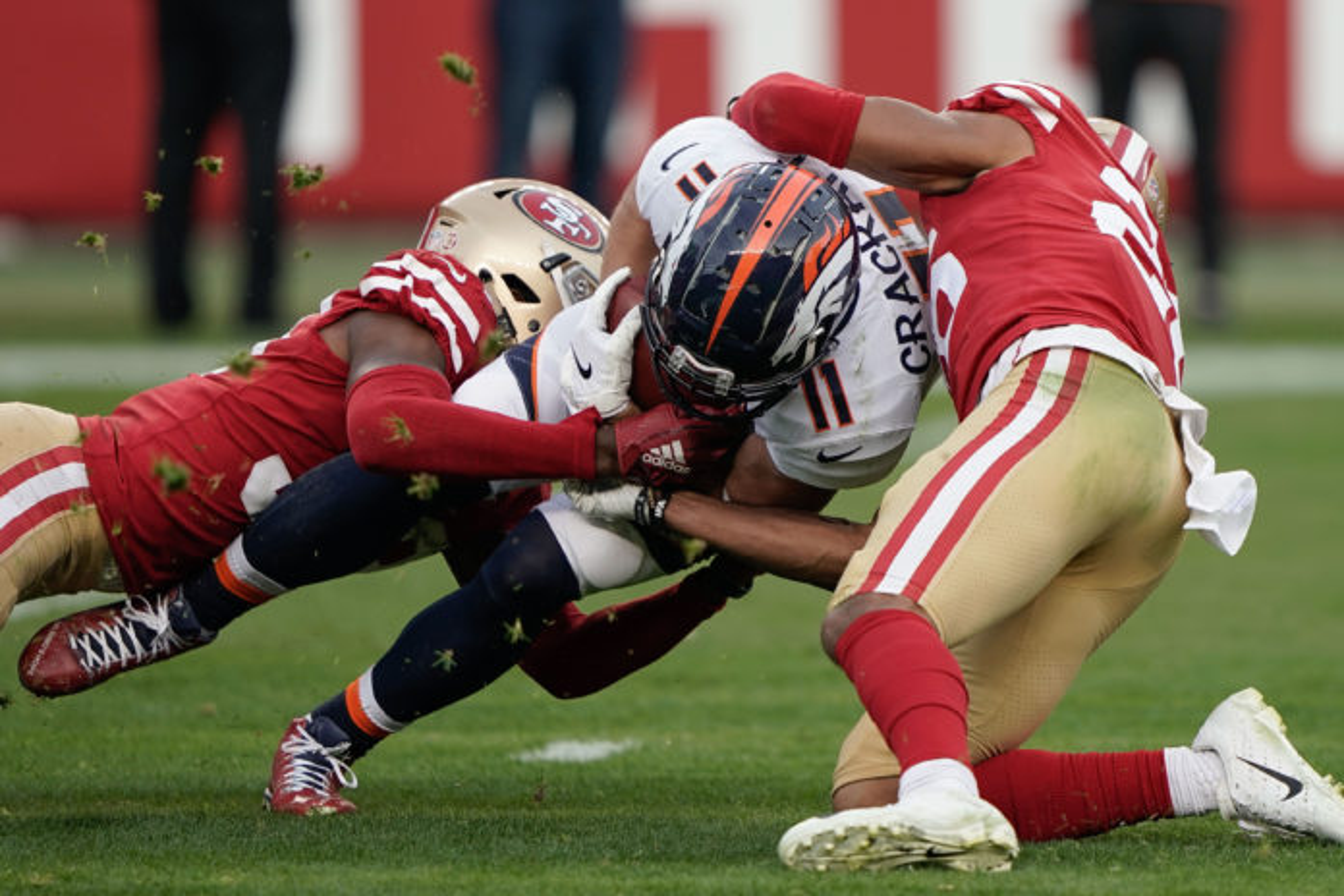 Raiders WR Antonio Brown to play Monday, Jon Gruden says