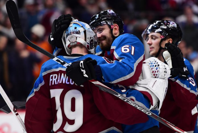 Avalanche goalie Pavel Francouz earns first NHL shutout