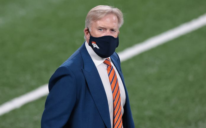 John Elway. Credit: Vincent Carchietta, USA TODAY Sports.